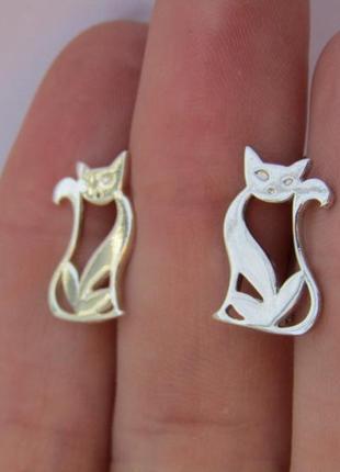 Серебряные серьги кошка