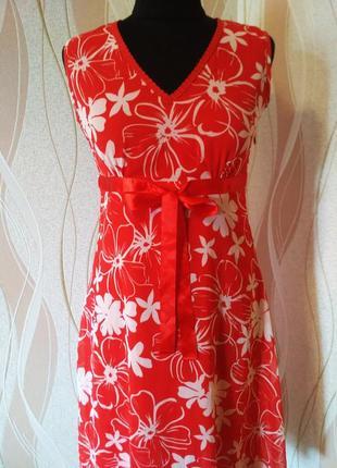 Яркое нарядное платье, размер 42-44