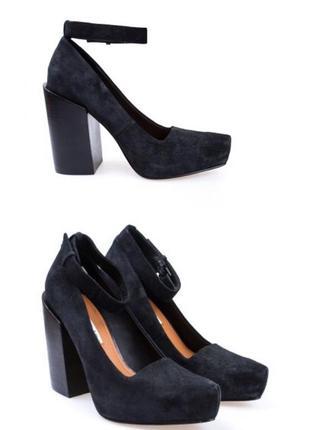 Туфли, босоножки на широком масивном толстом каблуке, новые , натуральная замша кожа