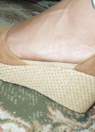 Босоножки на танкетке на платформе туфли сандали ugg