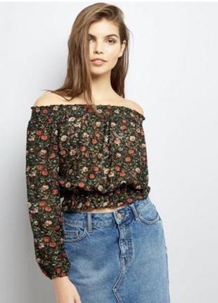 Блуза со спущенными плечами new look