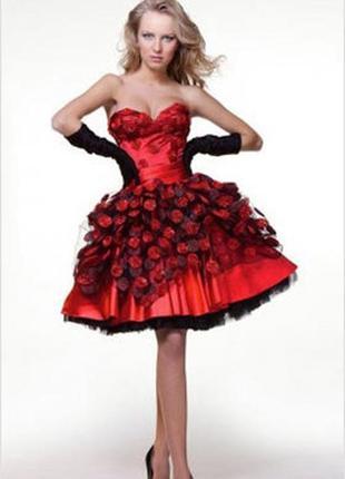Роскошное дизайнерское платье от oksanа mukha
