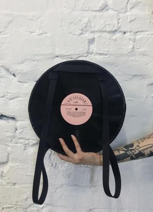 Рюкзак-сумка из виниловых пластинок3