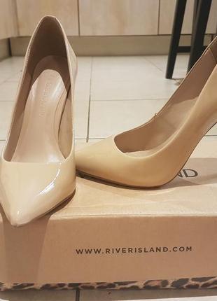 Умопомрачительные туфли river island