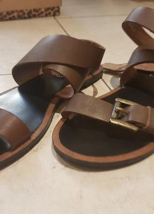 Супер удобные и стильные сандали braska