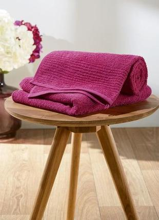 Махровое банное полотенце skin-friendly 100/150 miomare германия