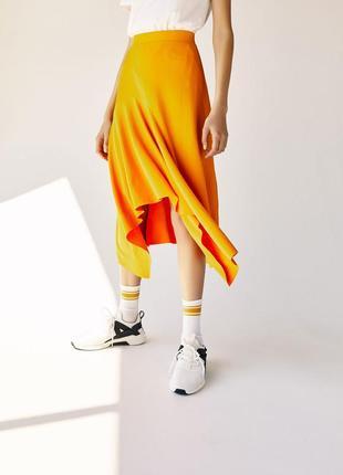 Желтая асимметричная юбка bershka,нюанс