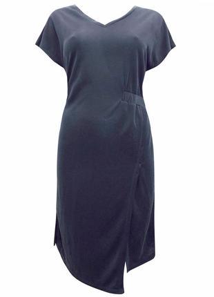 Графитовое приталенное платье из модала {бренд topshop}