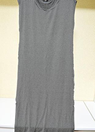 Классное полосатое платье миди с лампасами по бокам фирмы per tutty