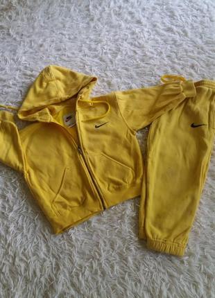 Классный теплый спортивный костюм nike оригинал на девочку 3-4 года