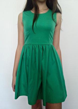 Зелене ніжне плаття + прикраса в подарунок / зеленое нежное платье