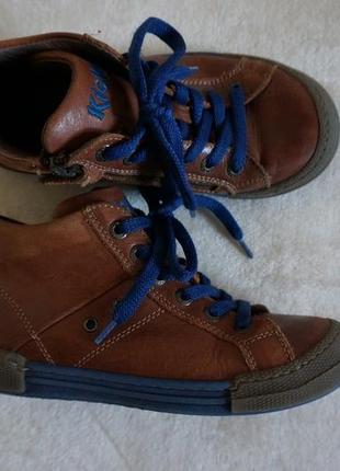 Продаются детские демисезонные кожаные  ботиночки kickers