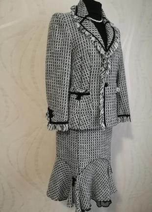 """Изумительный классический твидовый костюм в стиле """"chanel"""""""