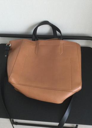 Мега красивая кожаная сумка