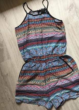 Летний короткий яркий комбинезон new look шорты этнический узор