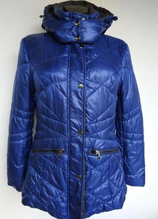 Фирменная стильная качественная демисезонная куртка.