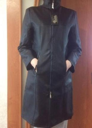 Новое пальто из качественного кожзама с биркой!