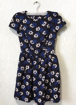 Платье в цветах, платье с коротким рукавом, платье синие