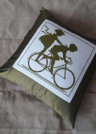 Декоративная наволочка,подушка.ручная вышивка крестом.