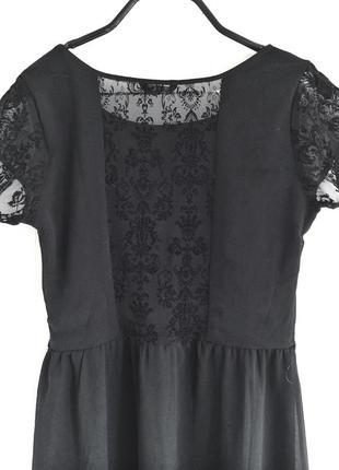 Маленькое черное платье house