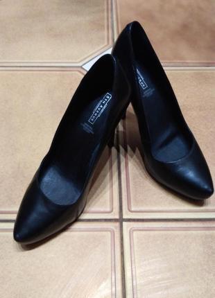 Туфли черные кожаные на 38р 5th avenue 29eb4dc79e52b