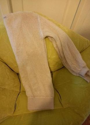 Вязаный свитер светло-серого цвета sisley