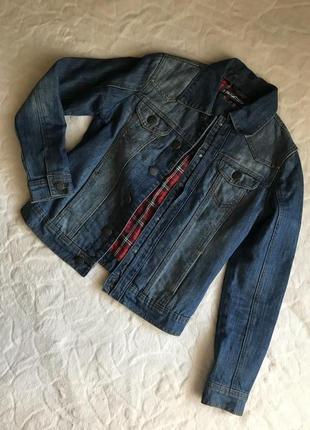 Утеплённая джинсовая куртка пиджак kira plastinina