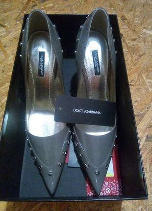 Шикарные новые туфли dolce gabanna оригинал.