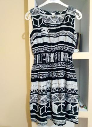 Плаття чорно-біле, розмір м