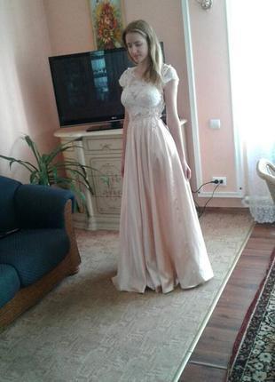 Вечернее, выпускное длинное платье из атласа