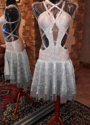Платье латина с камнями сваровски