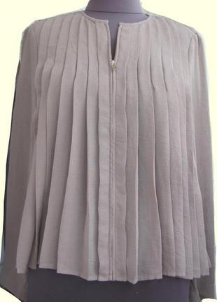 Стильная блуза бренда zara