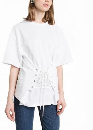 Белая футболка с карсетом