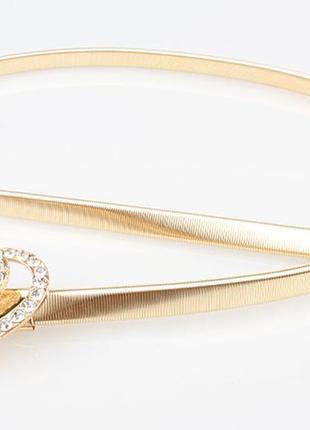 Золотой металлический пояс/ремень на талию/тонкий/узкий с сердечком в камнях