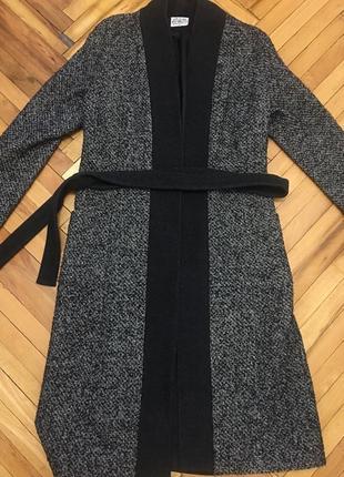 Очень красивое пальто кардиган украинского бренда шерсть