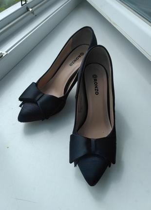 Ronzo милейшие туфельки