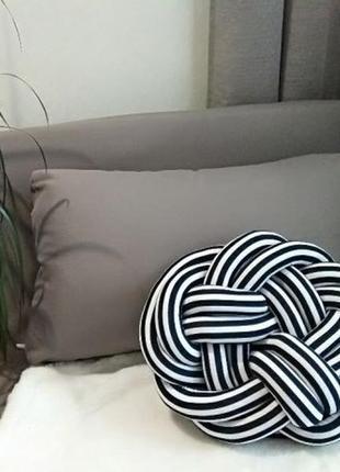 Декоративная подушка-узел, кнот, knot