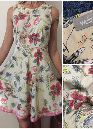 Нежное платье с цветочным принтом 💐🌺🌹. размер м/l
