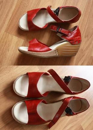 Сандали dr martens ruana sandals