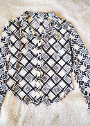 Блуза с вышивкой ручной работы