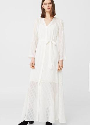 Изысканное платье рубашка mango