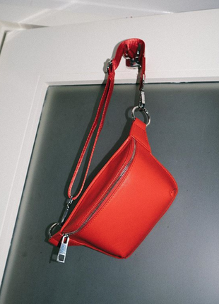 Новая фирменная поясная сумочка / бананка