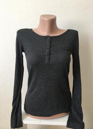 Лёгенький красивый свитер кофточка в мелкий рубчик