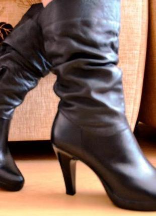 Женские кожаные сапоги ( сезон осень - весна )