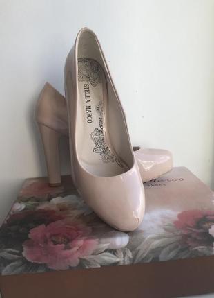 Бежевые туфли stella marco