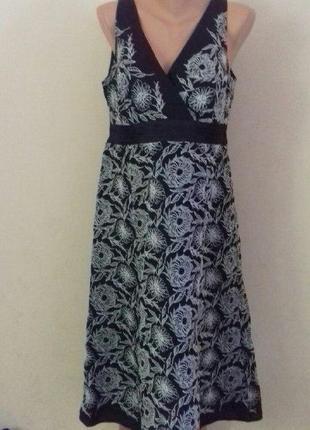 Красивое платье лен с шелком и вышивкой