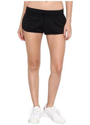 Короткие шортики adidas stellamccartney