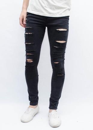 Крутые рваные скинни джинсы