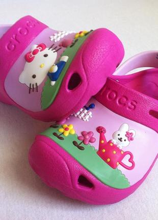 Сабо crocs hello kitty размер с10 - с11 ( 27-28 ) по стельке 18 см оригинал!!!