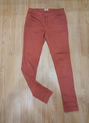 Морковные джинсы vero moda